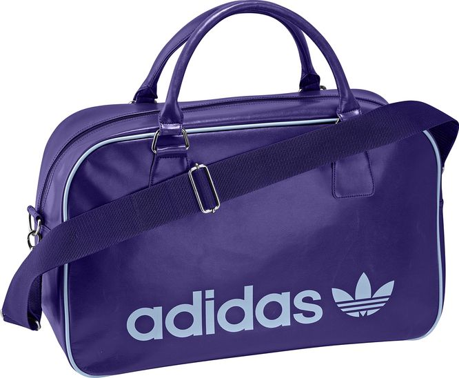 adidas Originals adicolor Holdall Bag.